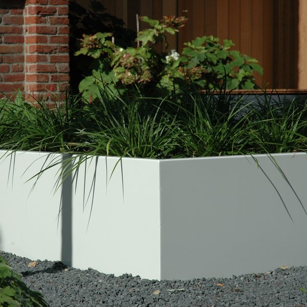 View Planters, Pots, Troughs & Tanks products