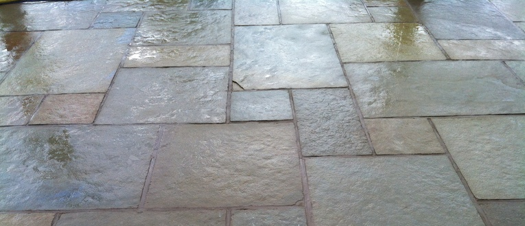 Link to page Picture of a paved outdoor dining area