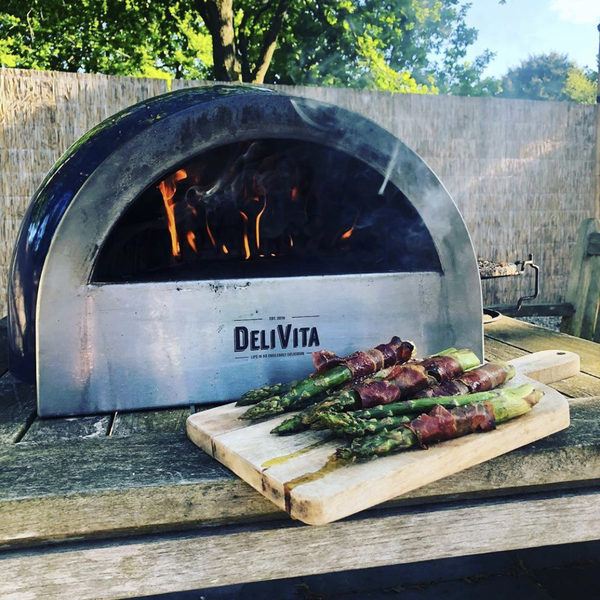 Delivita Pizza Oven by Garden House Design
