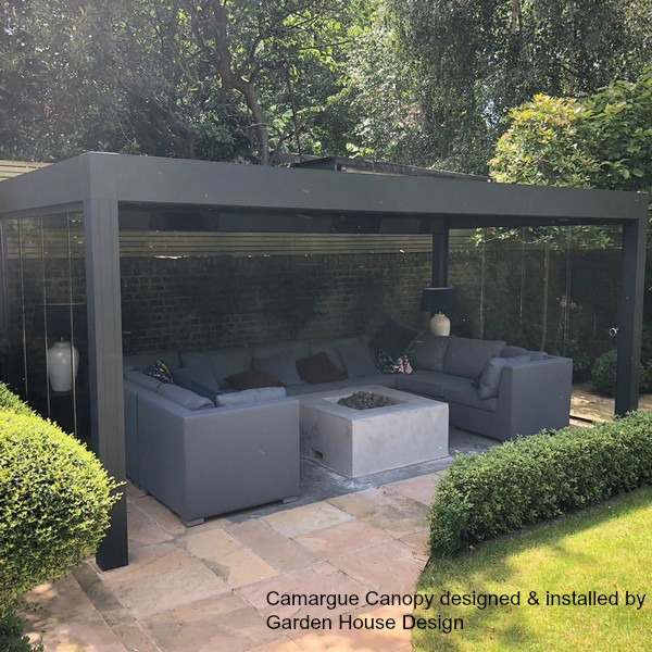 Renson Camargue with Glass Sliding Doors to create an all year round outdoor room