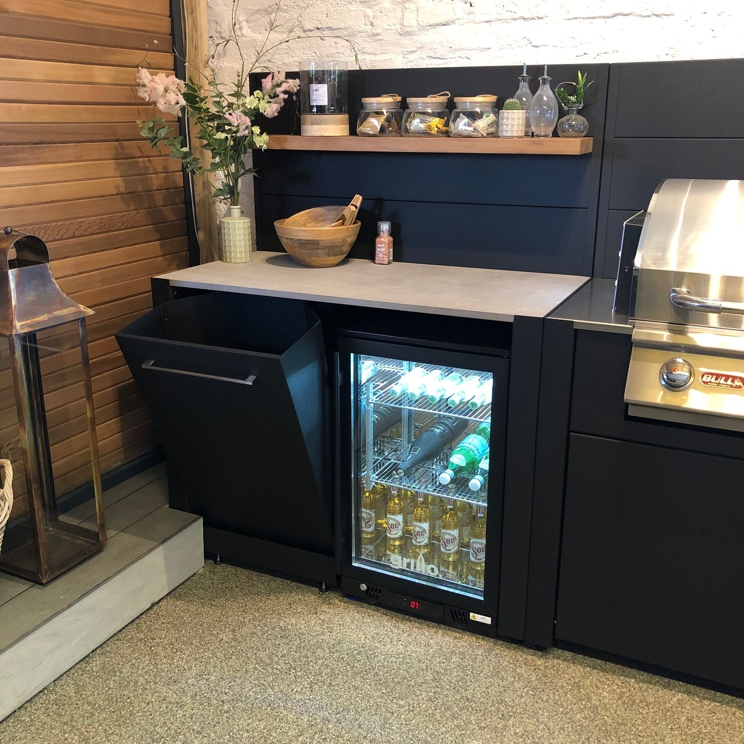 Grillo vantage Fridge by Garden House Design