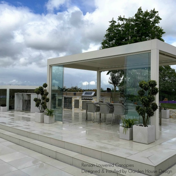 RENSON Camargue with glass sliding door panels