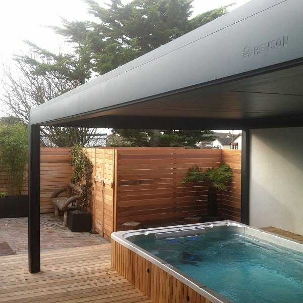Renson Camargue over Swim Spa