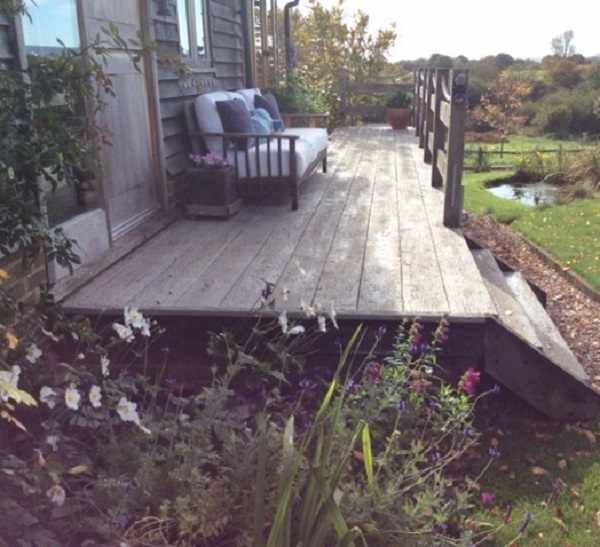 Millboard Decks in Weathered Oak Driftwood