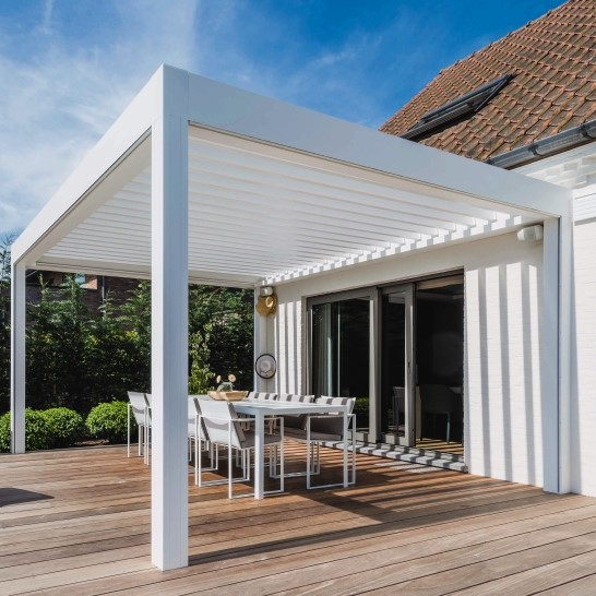 Renson Algarve water tight louvered roof terrace cover