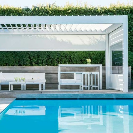 RENSON Algarve with side blinds designed with crystal window panels