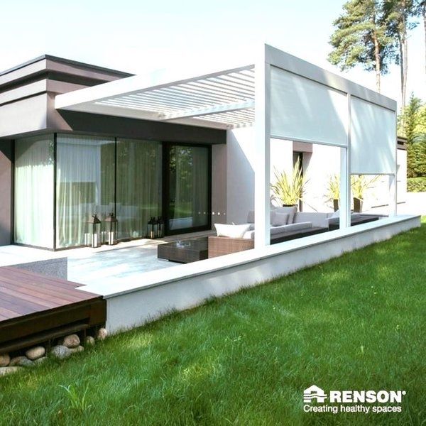 RENSON Camargues joined with fixscreen blinds over terrace
