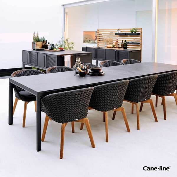 Cane-line dining set by Garden House Design